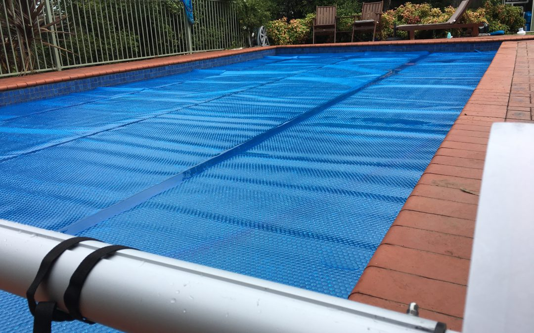 Merry christmas aqua pool covers melbourne australia for Swimming pool covers melbourne