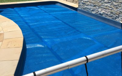 Aqua pool covers melbourne australia pool covers sales installation in melbourne australia for Swimming pool covers melbourne